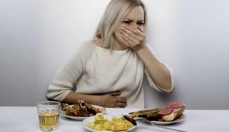 Хочется есть но после еды тошнит