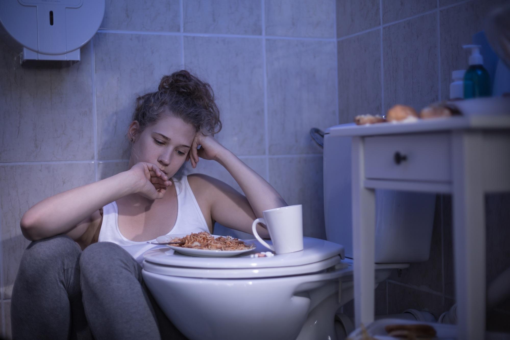 Причины рвоты после принятия пищи