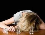 Отравление алкоголем — признаки, симптомы, лечение