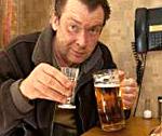 Пивной алкоголизм у женщин {q} симптомы, лечение, признаки и последствия