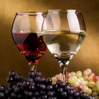 Смотреть Белое вино разрушает зубы видео